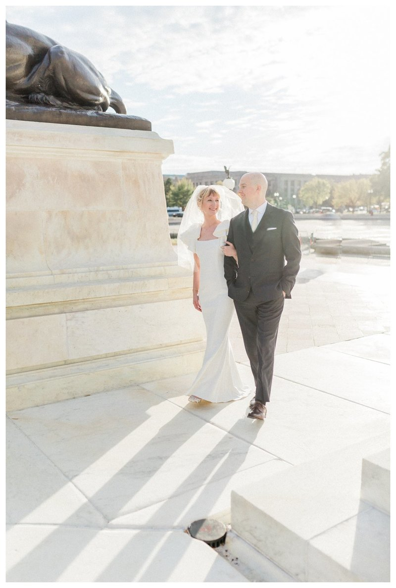 Wedding portraits at the Grant Memorial in DC.