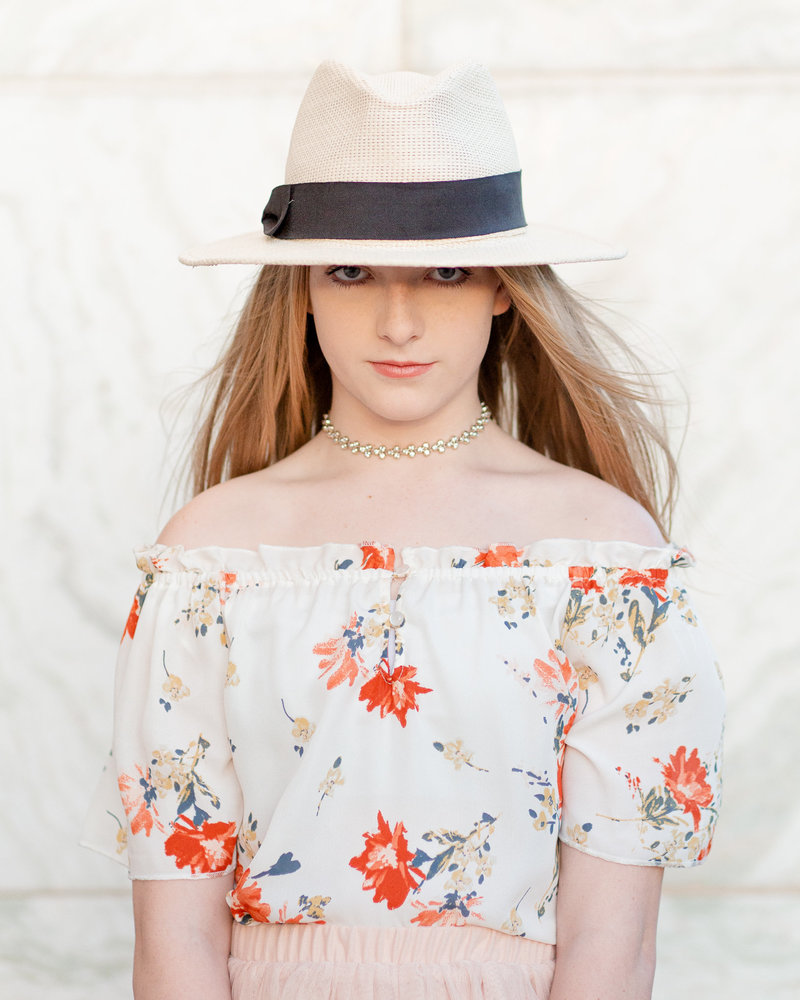 Senior-Arizona-Graduation-Pictures-Luxury-Market-Hat