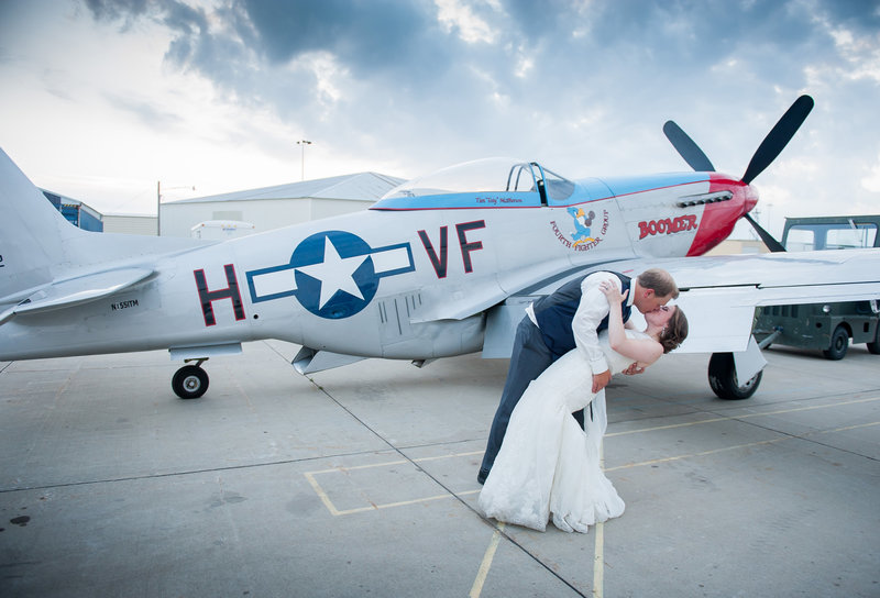 Fargo Air Museum Wedding Venue Kris Kandel Photographers (15)