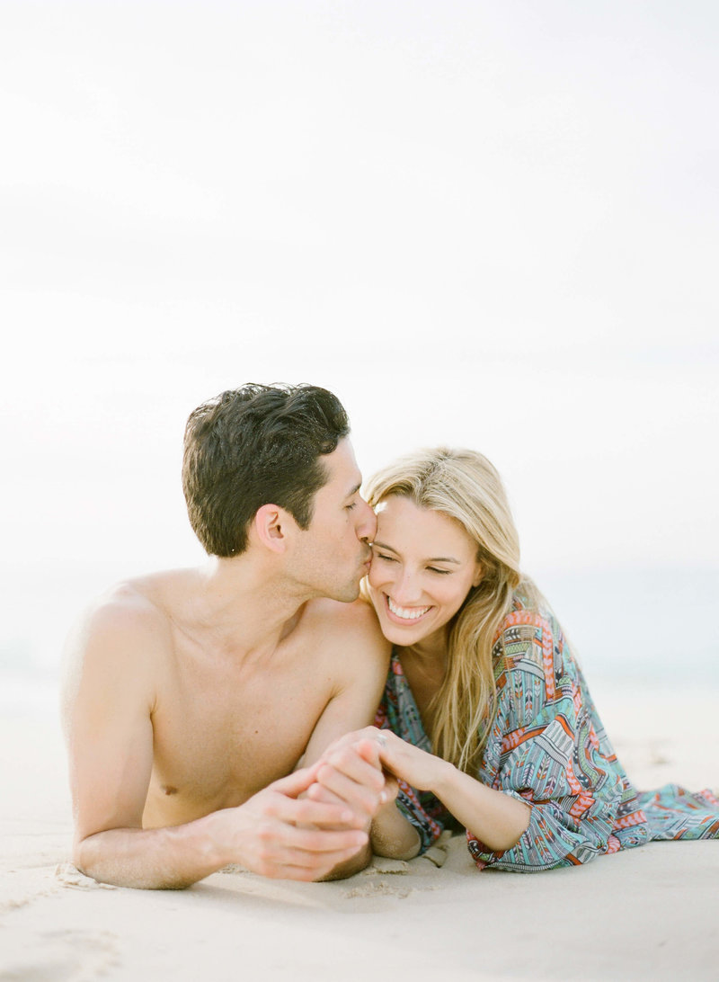 5-KTMerry-engagement-session-beach-couple