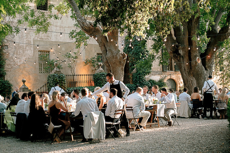 wedding dinner in chateau robernier south of france