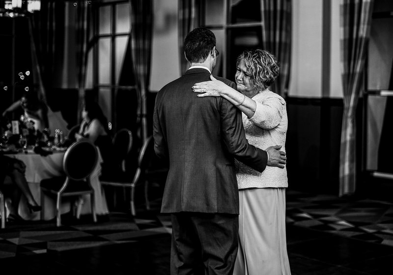 Groom dancing with mom at Sheraton Erie Bayfront Hotel wedding