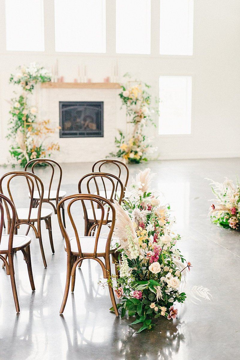 ABELLA-white-barn-venue-minnesota-marit-williams-photography-150