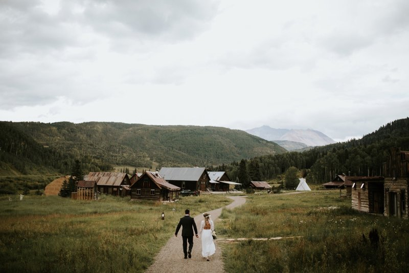 dunton-hot-springs-colorado-elopement-79