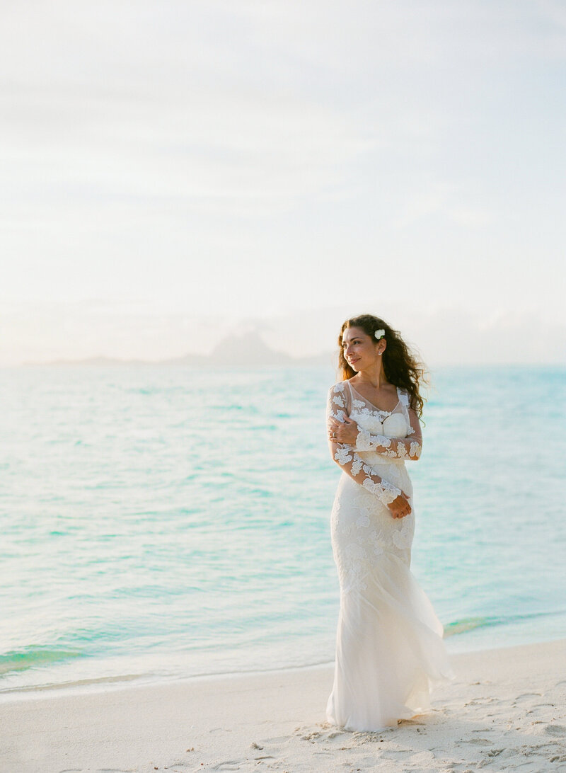 Sunset, romantic bride natural light Tahaa island resort