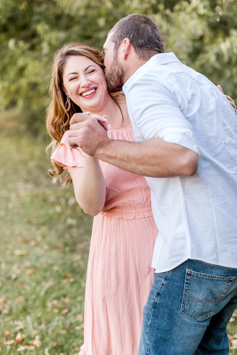 minneapolis-vineyard-engagement-photos-where-to-take-alexandra-robyn-photo_0009