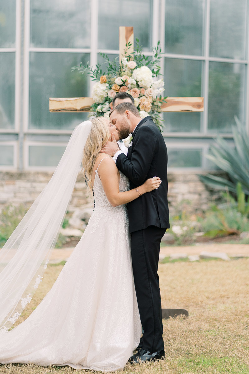 Greenhouse-Driftwood-Wedding-Holly-Marie-Photography-82