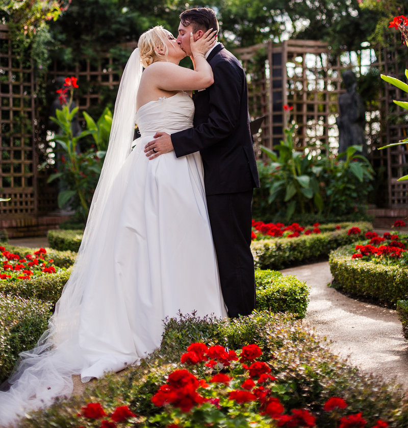 Erie_PA_WeddingPhipps_Conservatory_Wedding_Wedding_Photography_04