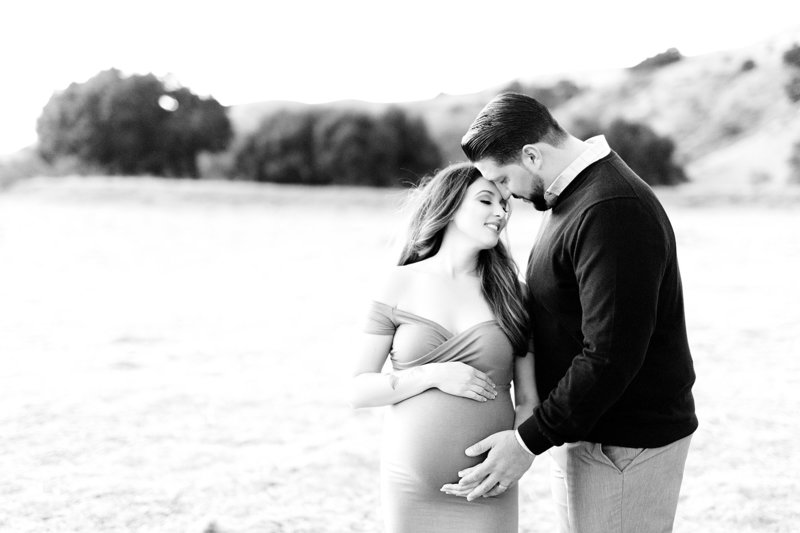 black and white maternity photo