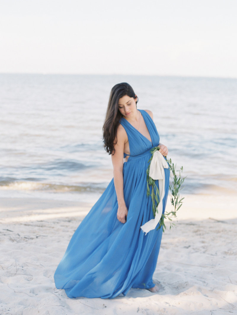 BeachMaternitySession-Paige-0010-42196JBbis726004-R3-006