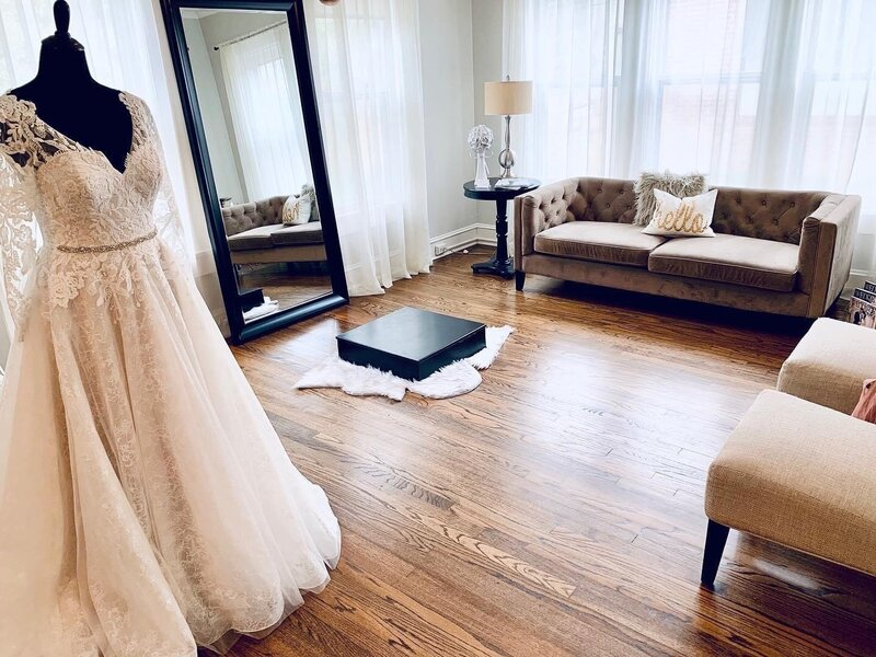 Fabulous Frocks Boutique Nashville Louisville Shreveport Kansas City Charlotte Bridal Gowns Designer Discount Off the Rack Discounted Sale Sample Gown Dresses Bride Dress3