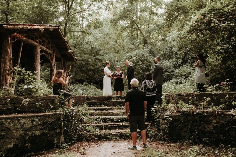 forest-elopement-cincinnati-wedding-photography-18