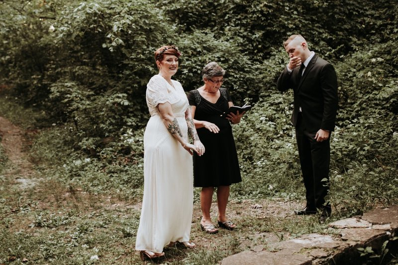 forest-elopement-cincinnati-wedding-photography-29