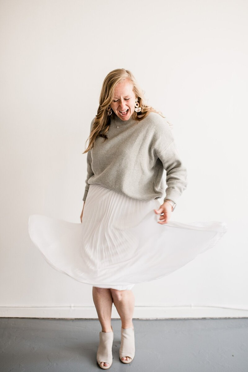 twirling flowy skirt by Knoxville Wedding Photographer, Amanda May Photos