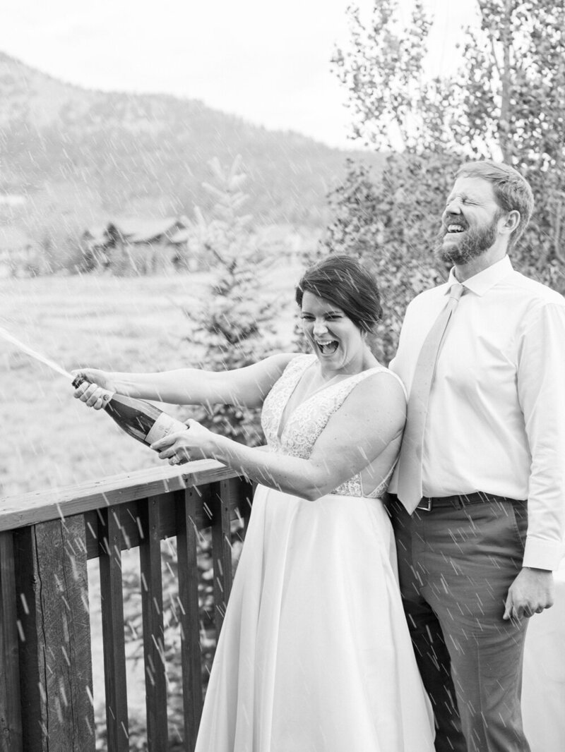 Joyful and Playful Wedding in Crested Butte_0039