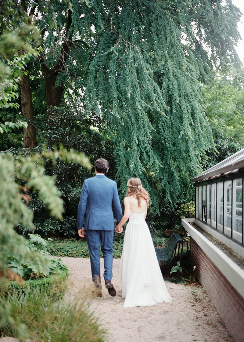 Laura & Pieter - Amsterdam wedding photographer elopement fine art  13
