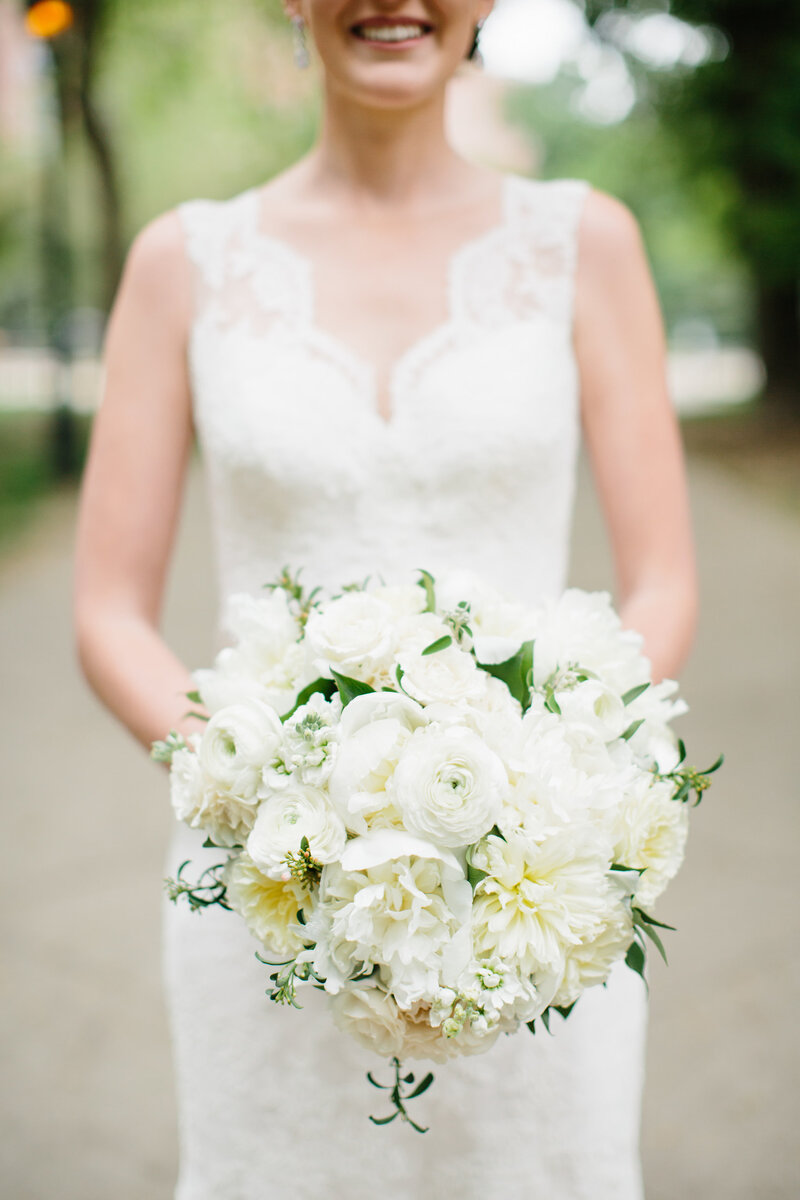 All-white-bridal-bouquet