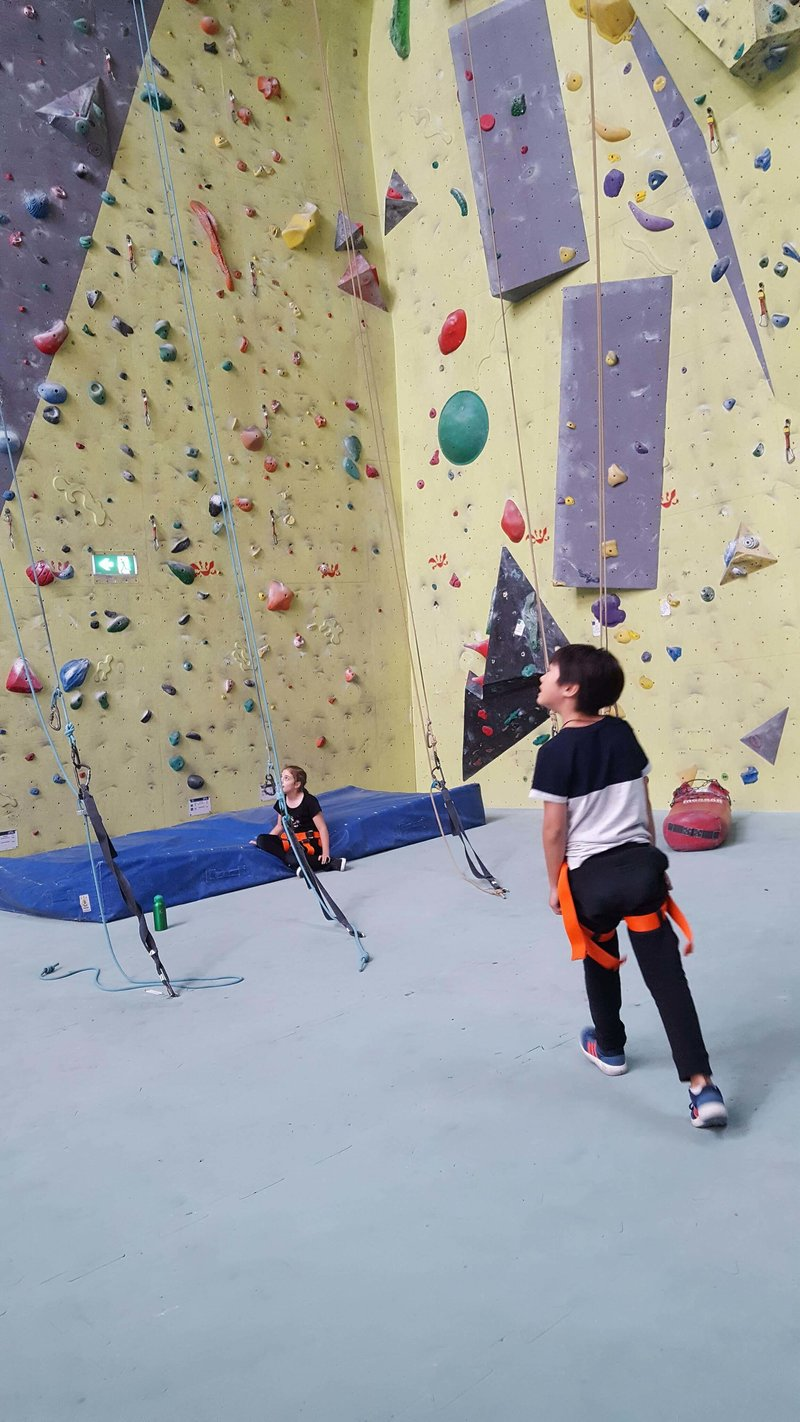 Active Arts_rockclimbing2
