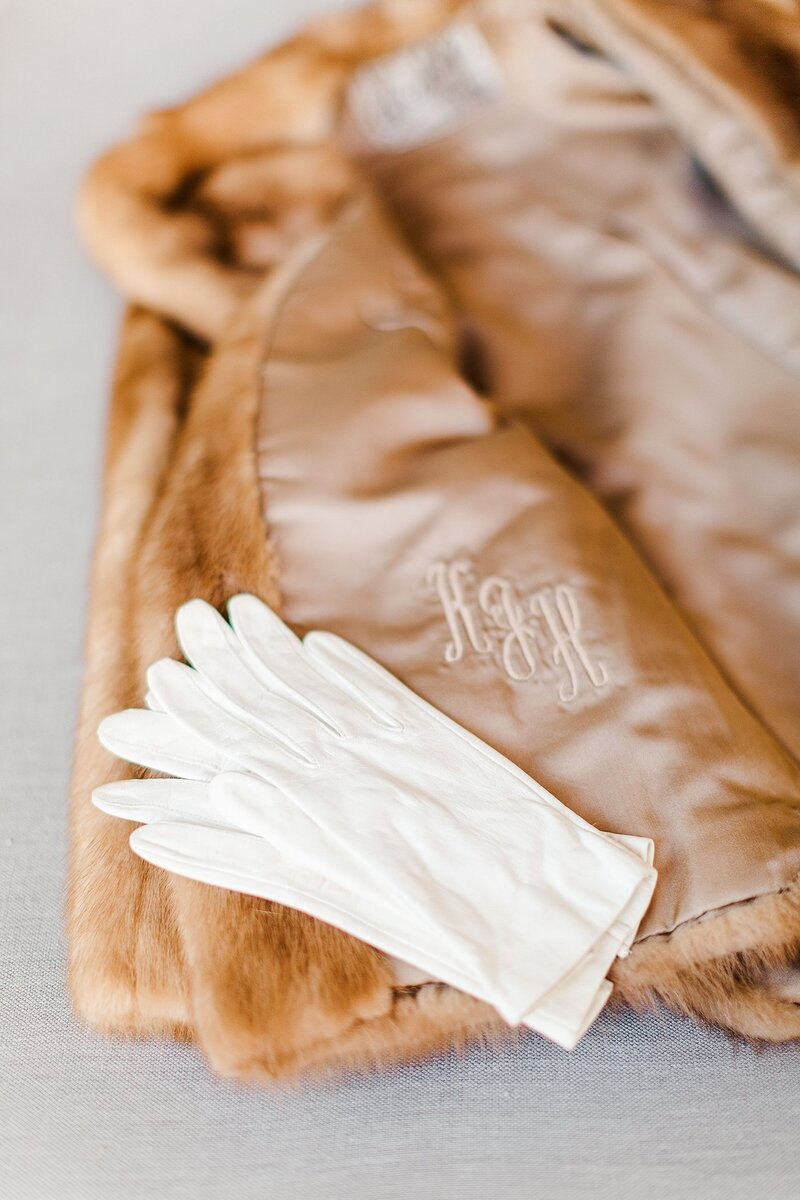gloves and faux fur by Knoxville Wedding Photographer, Amanda May Photos