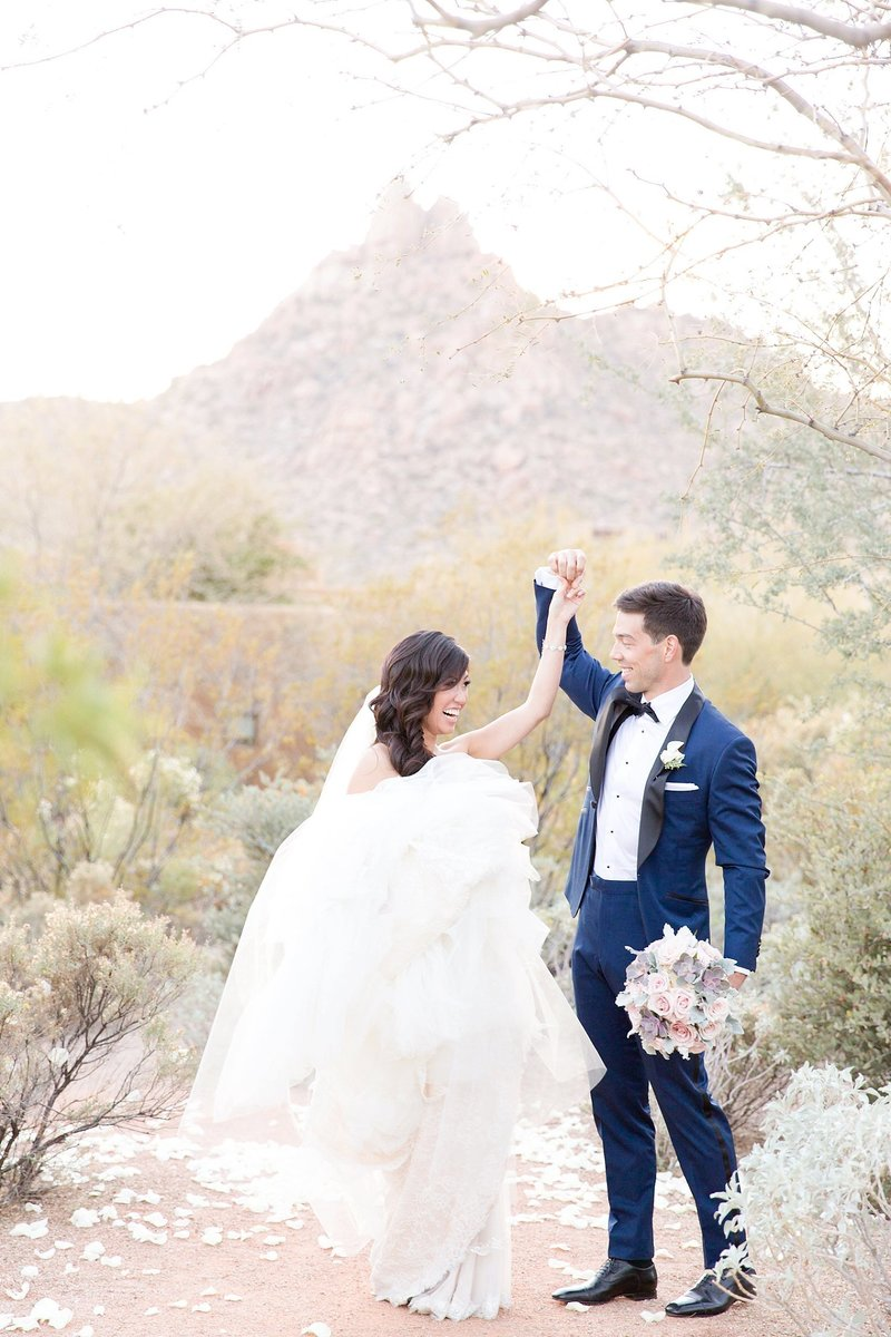 Blush Four Seasons Scottsdale Troon North Wedding | Amy & Jordan Photography