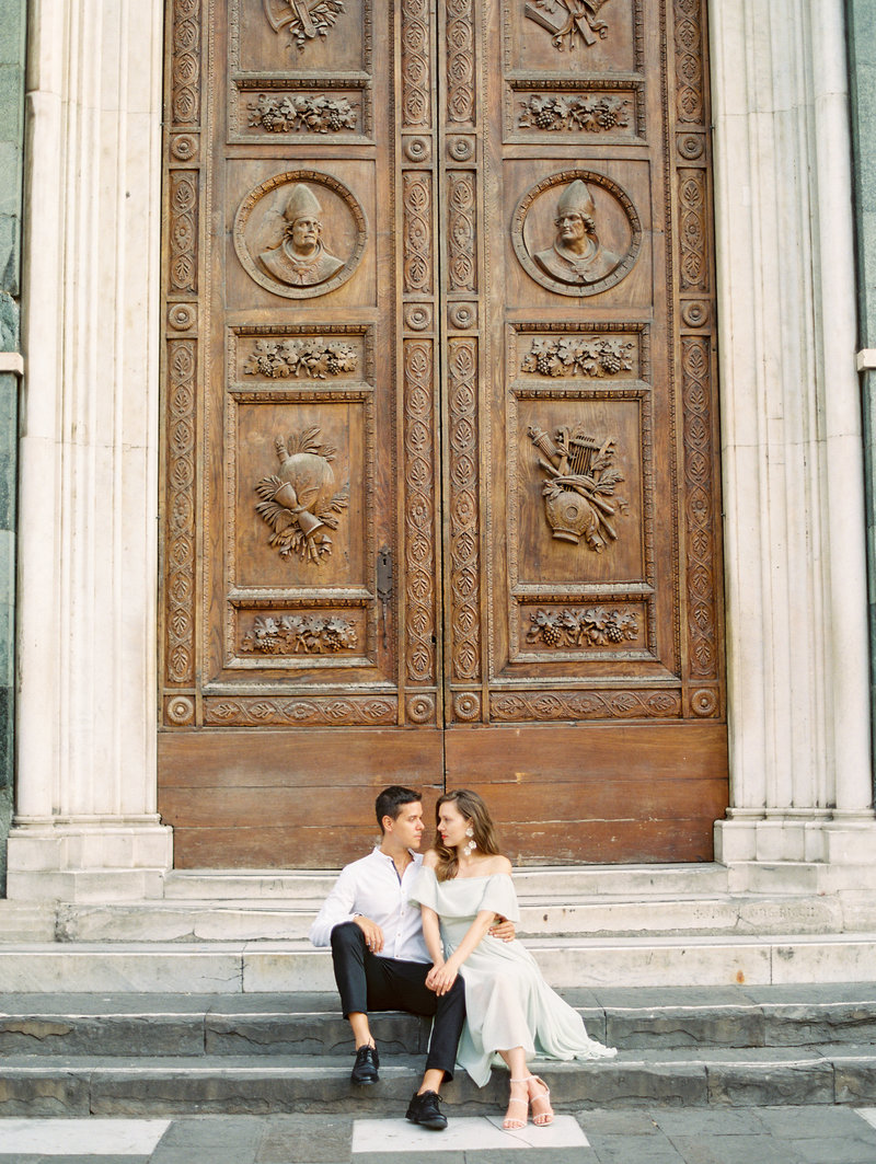 destination sunrise engagement session in florence italy at the duomo