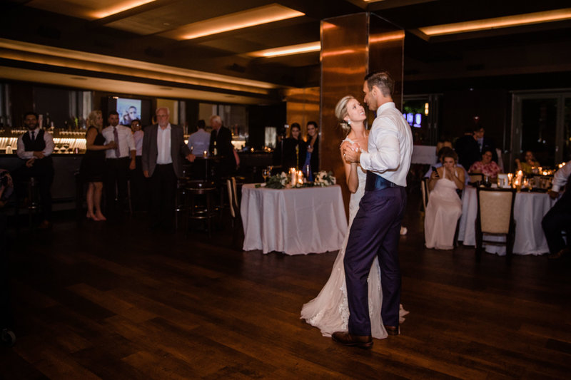 chicago-tribune-tower-wedding-nicole-jason-797
