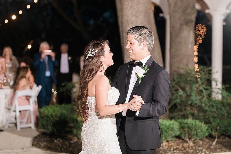 la cantera and the gardens at west green in San Antonio Texas Wedding Venue photos by Allison Jeffers Photography_0066