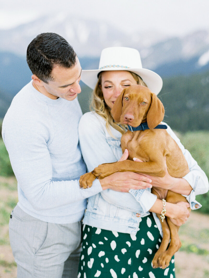 Melissa Brielle Photography Colorado Fine Art Wedding Engagement Photographer Photograph Melissa Minkner Light Airy Luxury High End3