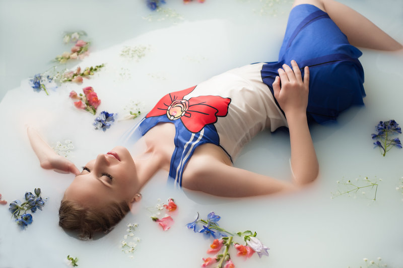milk-bath-boudoir-photographer-cosplay-sailor-moon-melissa-mullins
