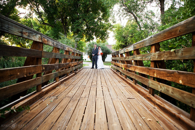 Cool Wedding Photography from Denver Botanic Gardens Chatfield Farms