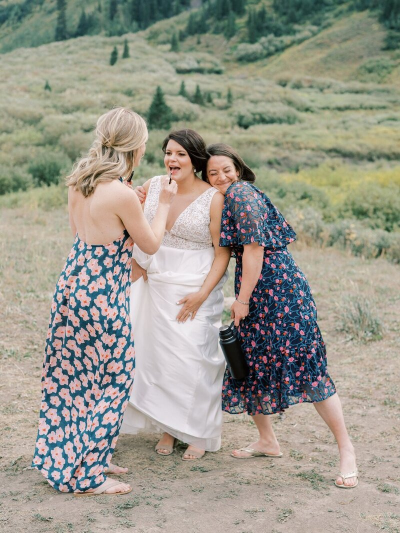 Joyful and Playful Wedding in Crested Butte_0008