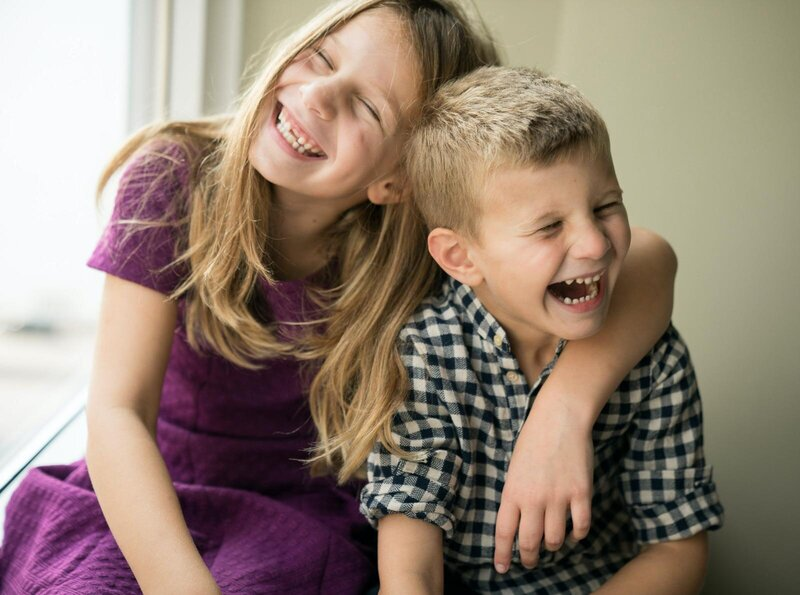Brother-and-sister-family-photography-laughing-canded-photos-frisco-texas