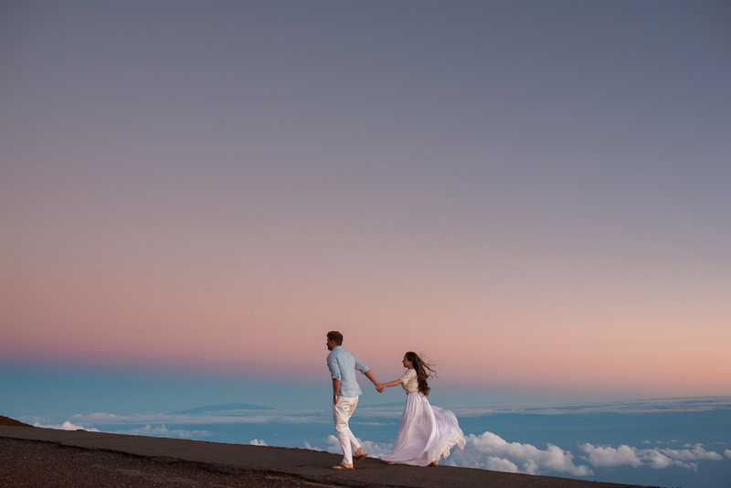 Honeymoon photography session at 10,000 feet by Hawaii photographers Mariah Milan