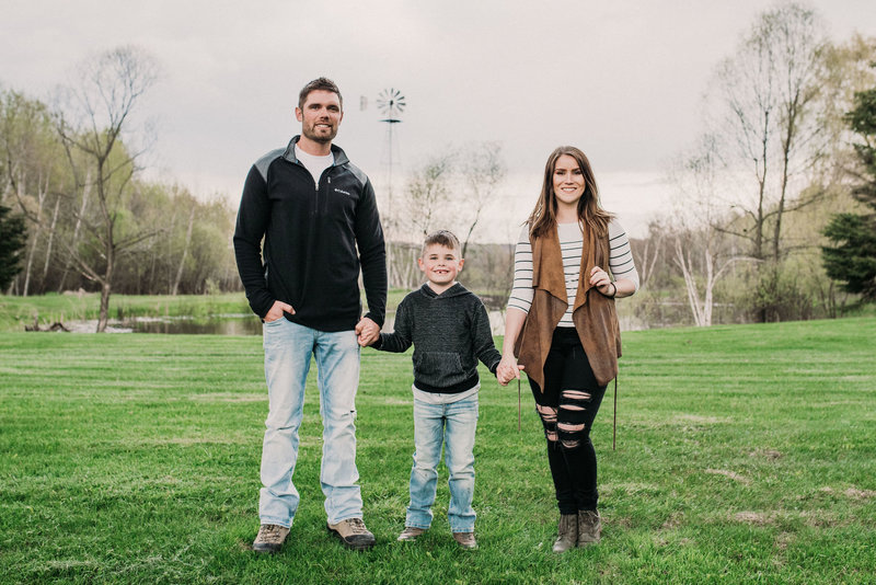 Eau-Claire-Family-Photographer-13