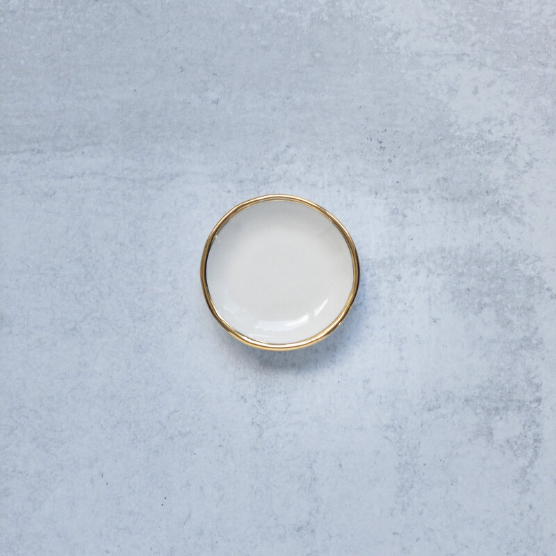 white-with-gold-ring-dish