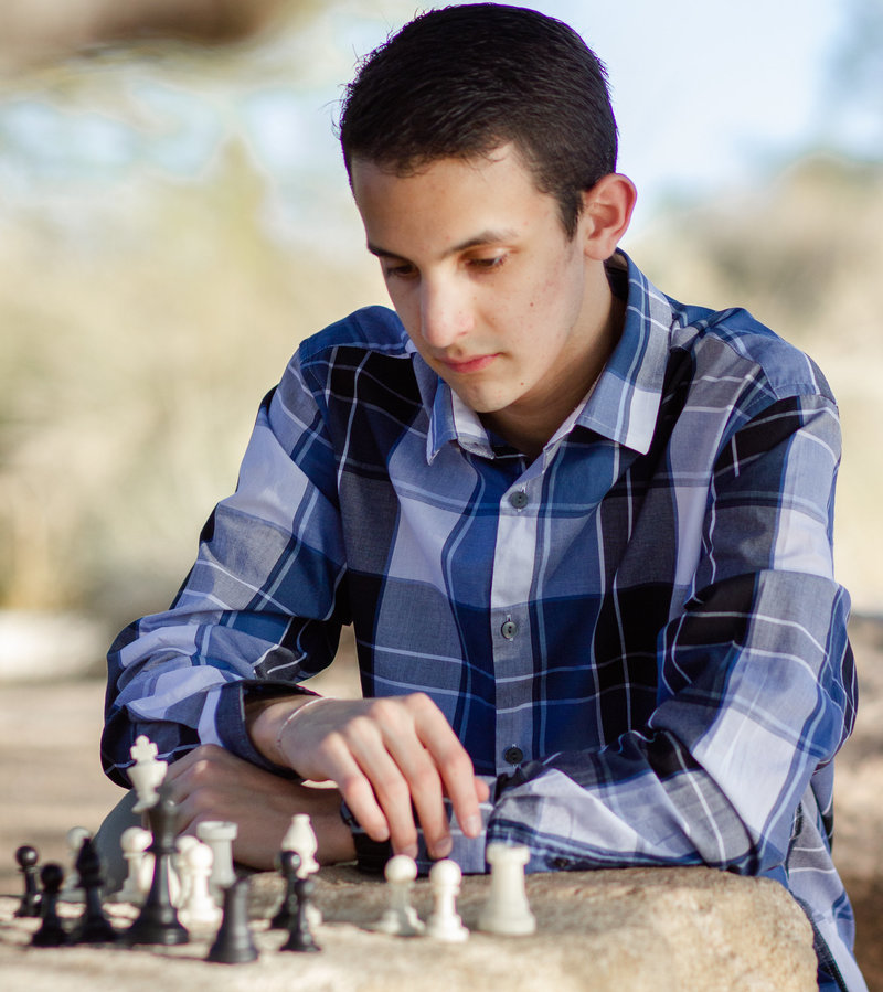 Senior-Graduation-Portraits-Pictures-Arizona-Chess-Master
