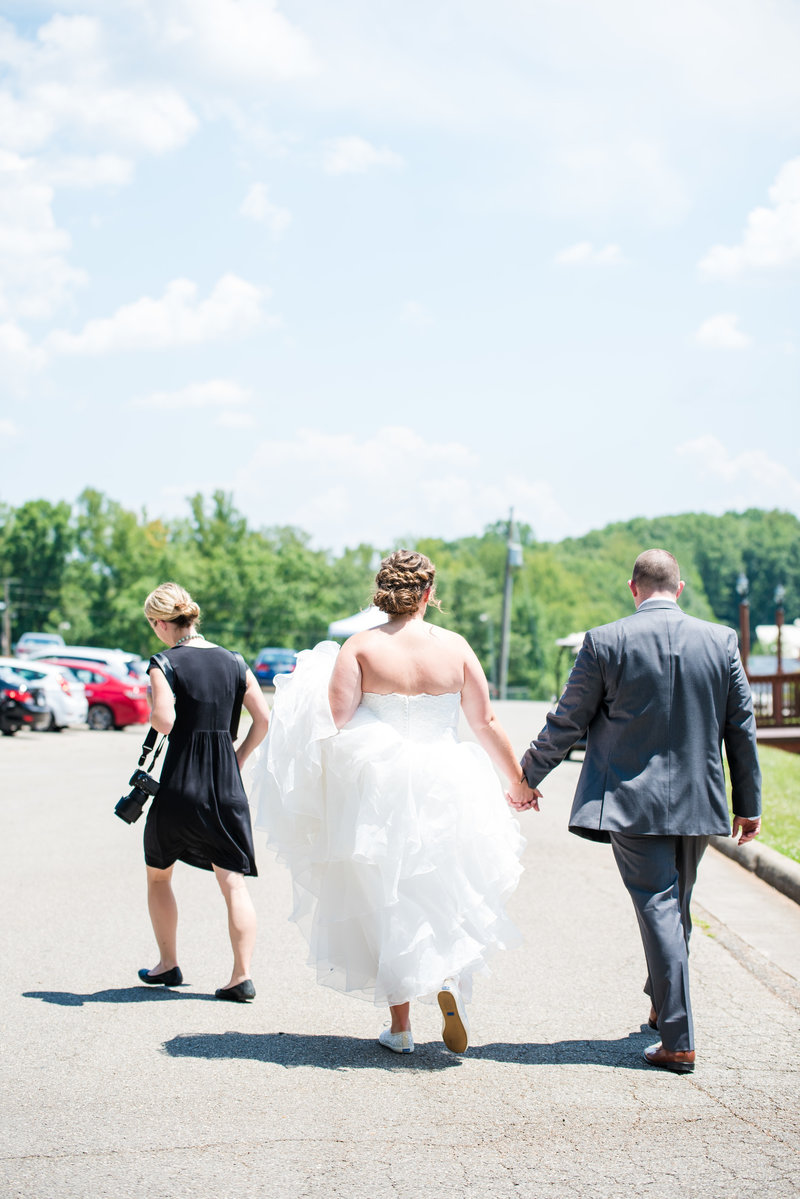 Smith Moutain Lake Wedding Marena Claire Photography Virginia Wedding Photographer_0041