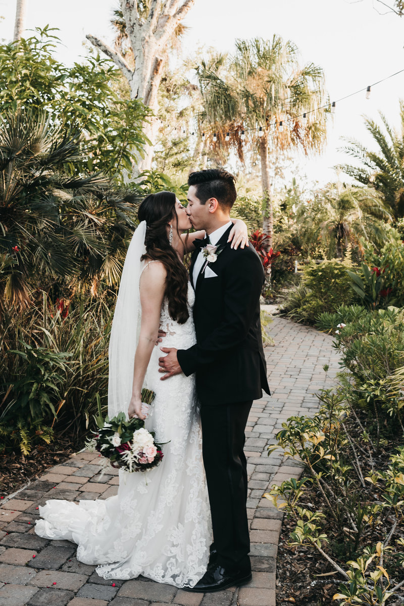 Spear_Wedding_Florida_Wedding_Mariah_Oldacre_Highlights-91