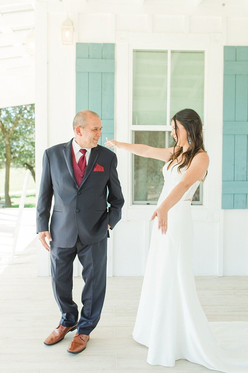 Eagle Dancer Ranch in Boerne Texas Wedding Venue photos by Allison Jeffers Photography_0015