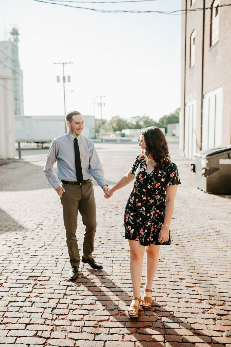 downtown Richmond indiana engagement session