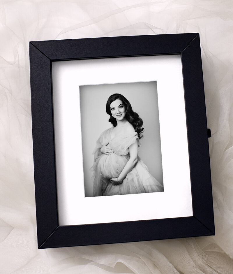 04 Image Template Reveal Box maternity