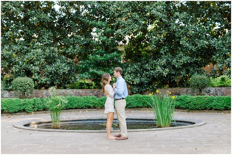 north-georgia-wedding-photographer-uga-founders-garden-engagement-athens-georgia-laura-barnes-photo-23