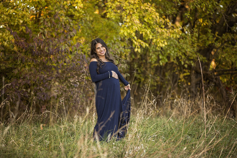 Beautiful maternity pictures in Manhattan, KS.