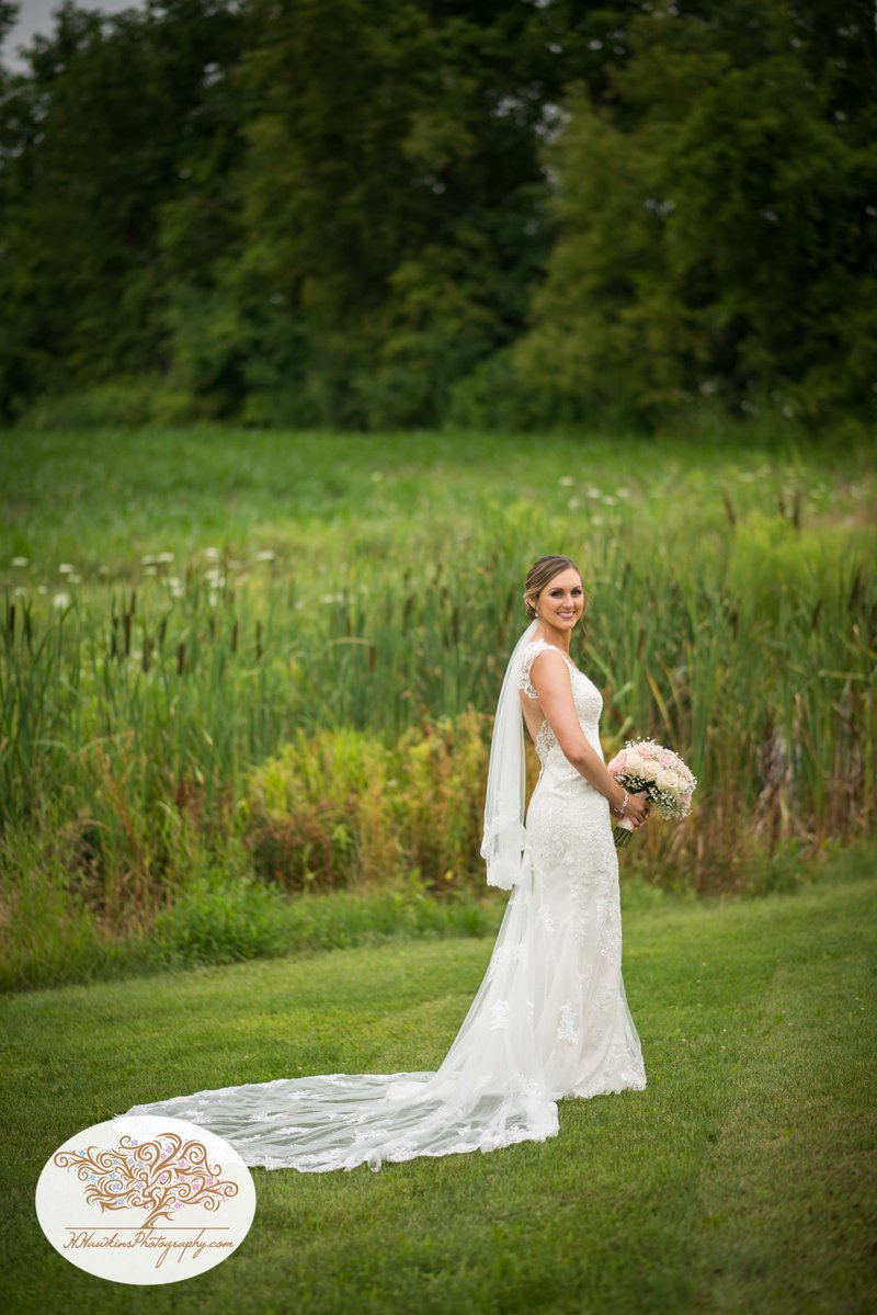 Belhurst Castle Pictures Geneva NY Syracuse Wedding Photographer-24