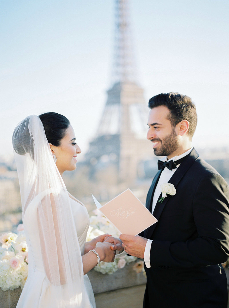 Wedding vows in front of the Eiffel Tower