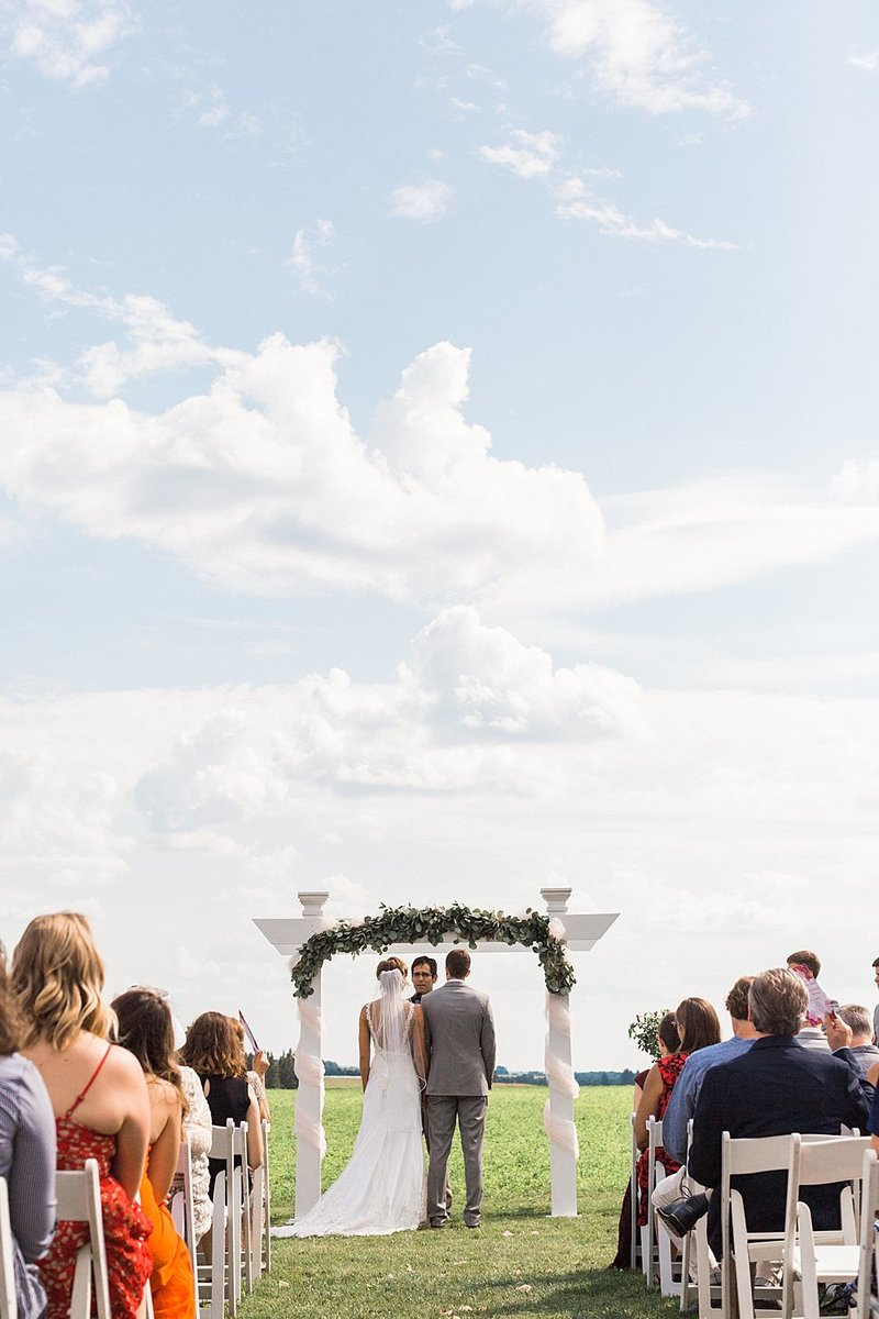 067_Tansy-Hill-Farms_Summer-Wedding-James-Stokes-Photography