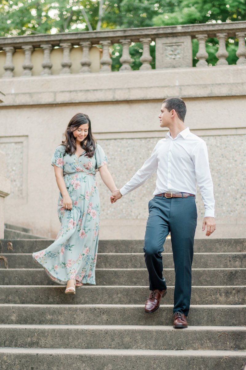 Crane_Estate_Engagement_Portraits_in_Boston_by_Wedding_Photographer_Lauren_R_Swann__0096-photo
