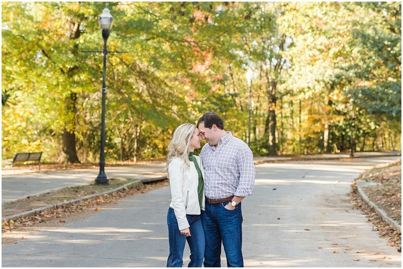 atlanta-georgia-wedding-photographer-piedmont-park-engagement-laura-barnes-photo-andrews-24