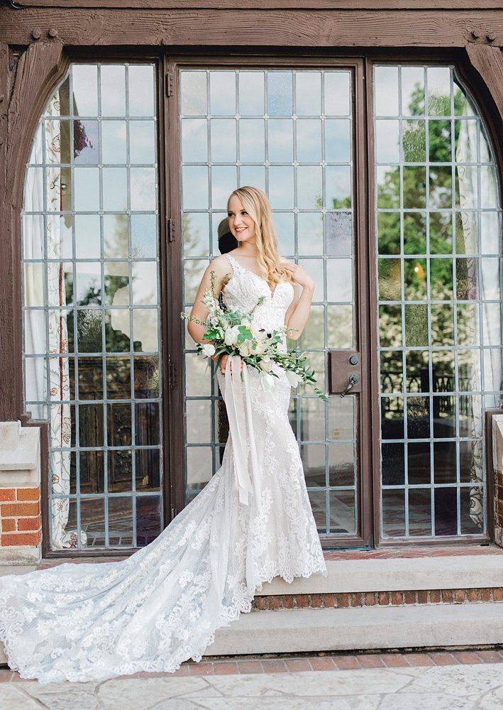 Rollins-Mansion-Des-Moines-French-Bridal-Iowa-Wedding-Photographer_0008