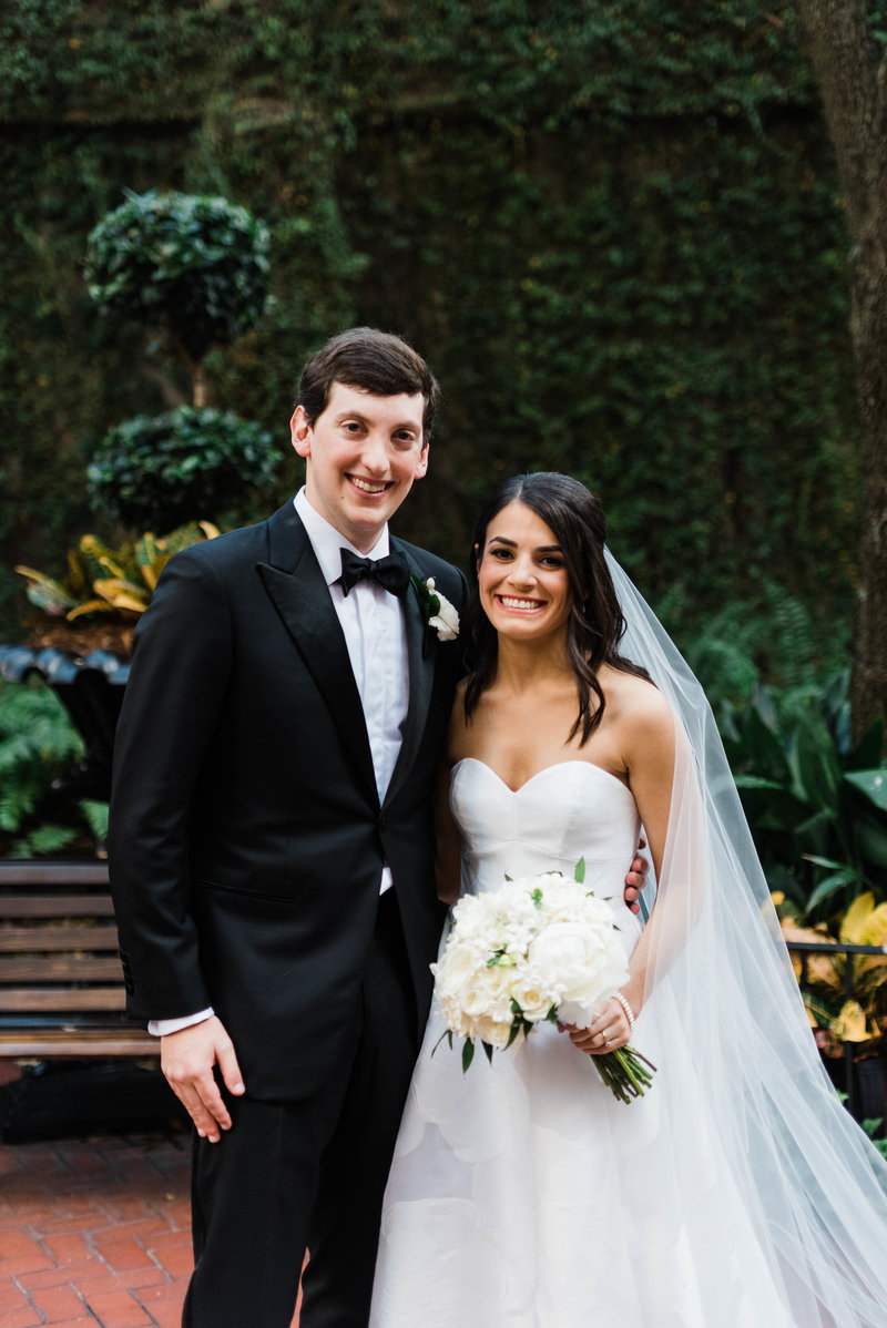 Anna + Aaron-New-Orleans-Museum-of-Art-Wedding_Gabby Chapin Photography_00194